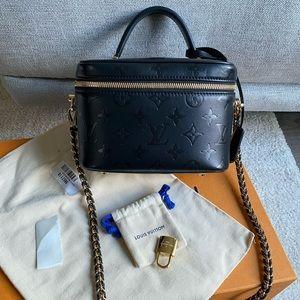Louis Vuitton vanity PM in black mono leather